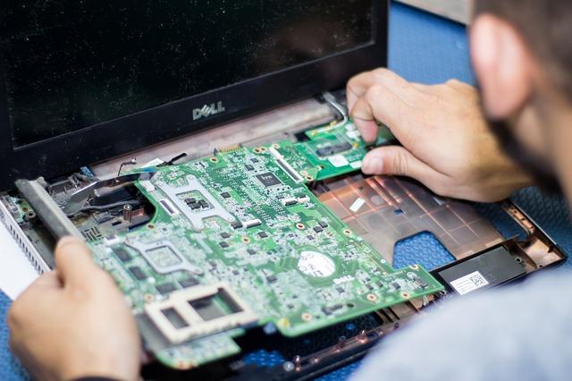 Il futuro della manifattura italiana è nella formazione dei giovani tecnici