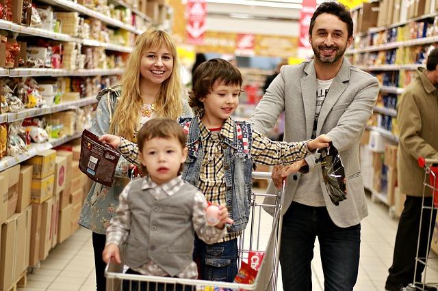 Spese per consumi delle famiglie in rallentamento