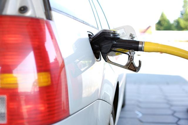 Fattura elettronica: partenza dal 1° gennaio 2019 anche per le cessioni di carburante