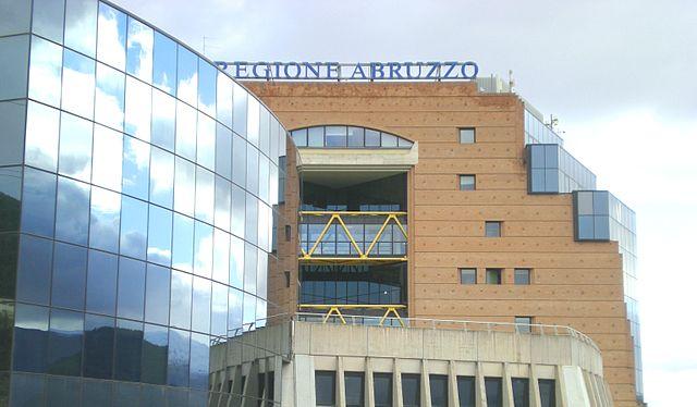 La Regione Abruzzo finanzia progetti che prevedano l'impiego di ricercatori