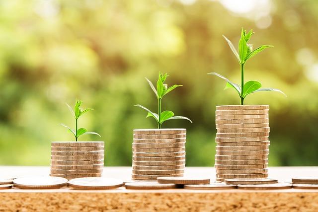 Cerved: ricavi delle imprese in rialzo e debiti più sostenibili se la ripresa tiene