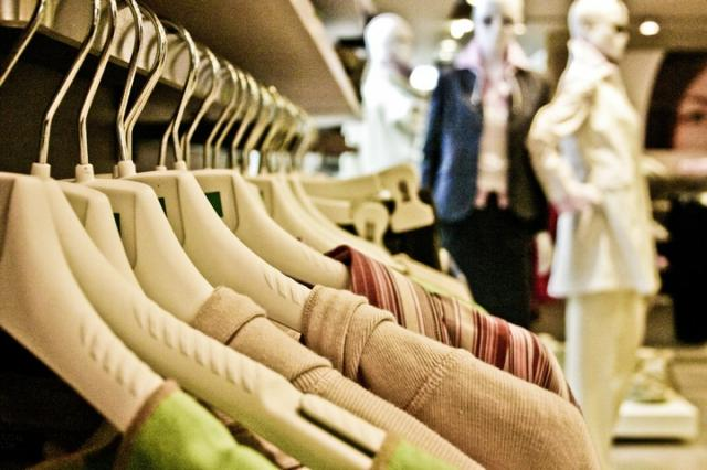 MarkitPMI: a giugno, il settore delle vendite al dettaglio registra di nuovo un calo