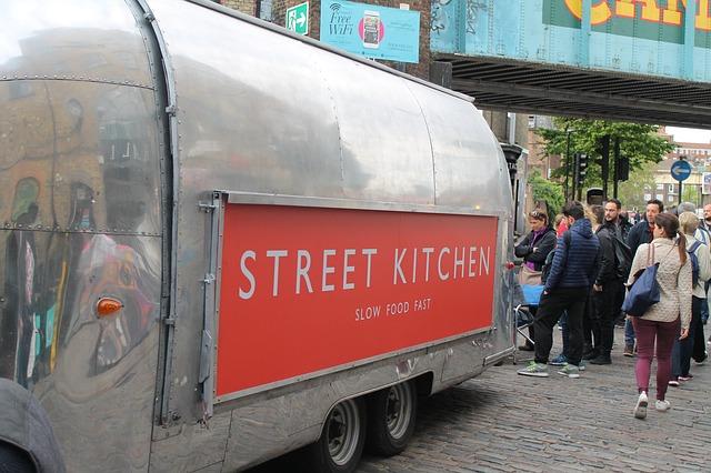 Street-food: 1000 imprese in più in cinque anni (+60%)