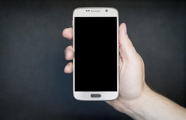 Criteri d'acquisto di smartphone aziendali: patch di sicurezza rapide e regolari, aggiornamenti del sistema operativo e gamma completa di modelli i più importanti