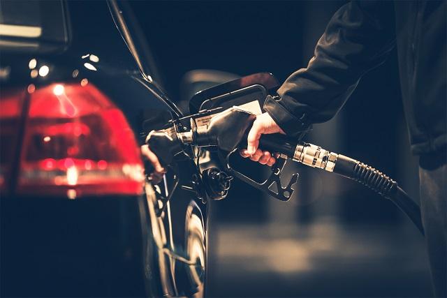 Esercenti degli impianti di distribuzione di carburante: ecco il codice tributo per usufruire del bonus per le commissioni sulle transazioni elettroniche