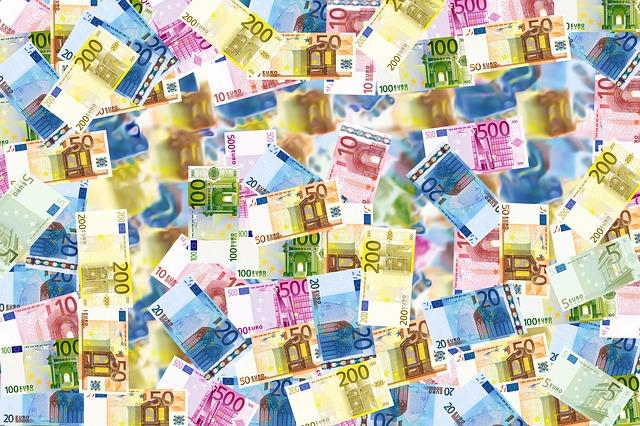 ABI: crescono dell'1% i prestiti a famiglie e imprese