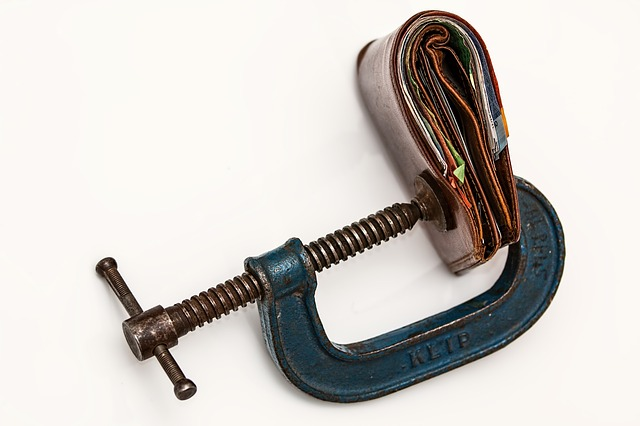 Continua la contrazione del credito alle imprese