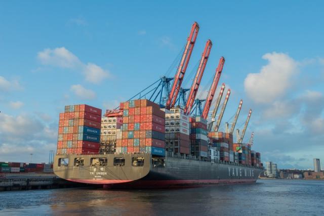 Istat: a marzo moderato incremento per import ed export