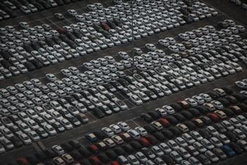 Mercato auto ad aprile +1,5%
