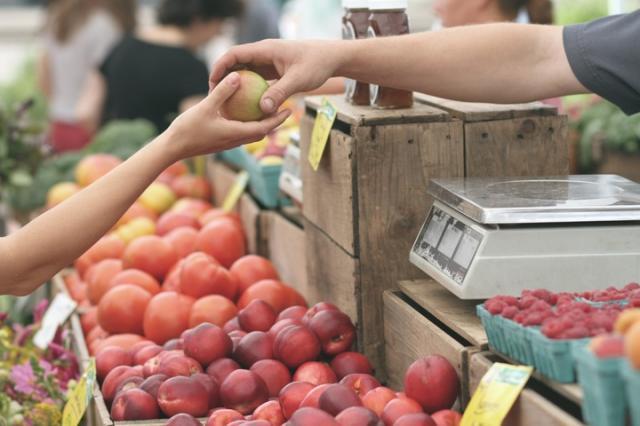 Istat: l'inflazione decelera a maggio