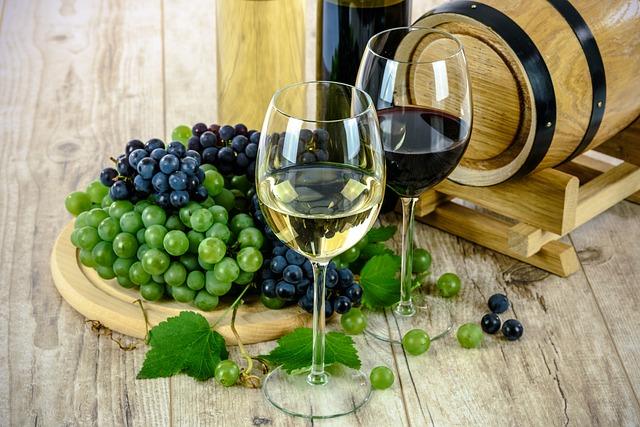 Incentivi per le aziende vinicole: stanziati oltre 21 milioni di euro dal MIPAAFT