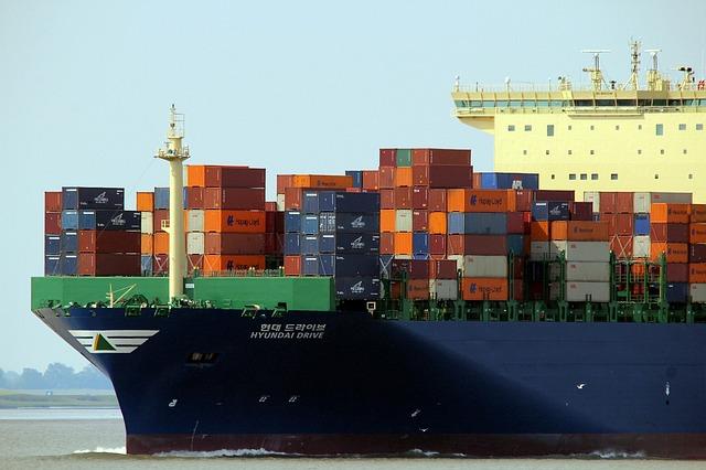 La Trade war USA-Cina produce i suoi effetti anche sui trasporti marittimi