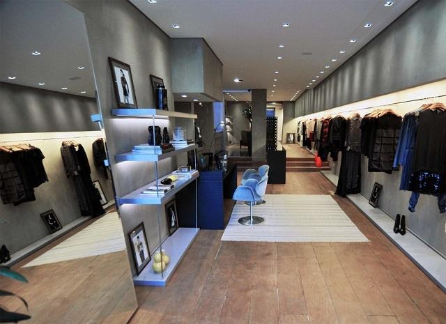Commercio al dettaglio: flessione per i piccoli negozi, moderata crescita per le grandi imprese
