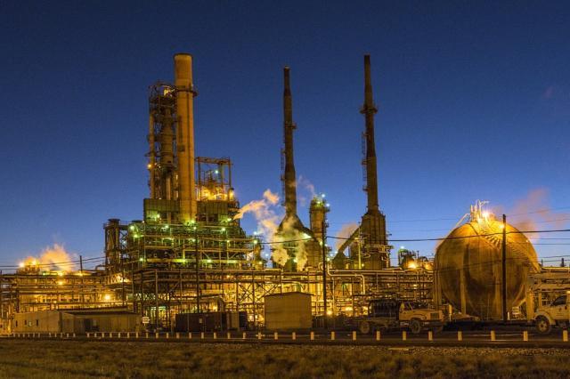 IHS MARKIT PMI: per il nono mese consecutivo a giugno peggiorano le condizioni operative del settore manifatturiero italiano