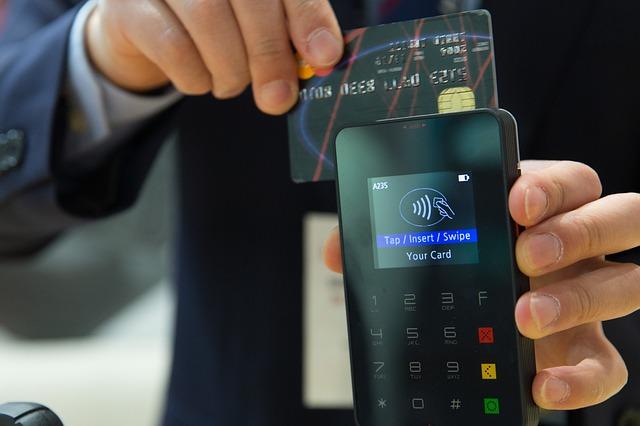 In Italia accelera la crescita dei pagamenti elettronici: +6,8% nel 2018