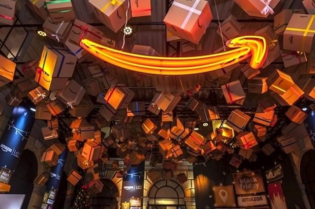 Il pop up store di Amazon riapre le sue porte alla magia del Natale