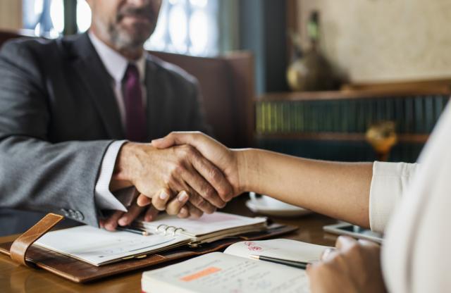 Excelsior: in calo la domanda di lavoro delle imprese a novembre
