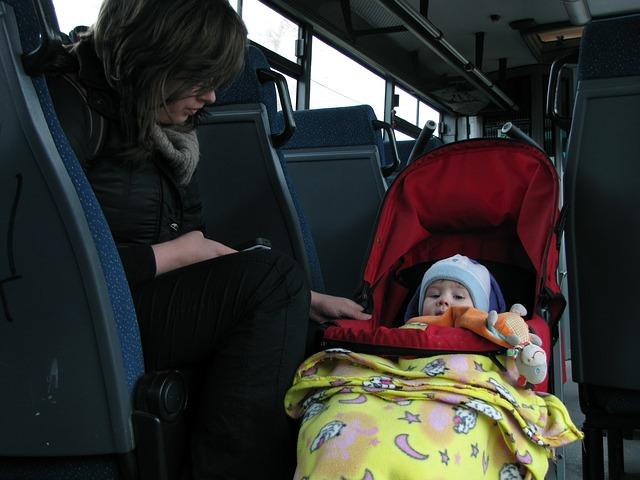 Conciliazione tra lavoro e famiglia: l'11,1% delle donne italiane  non hanno mai lavorato per prendersi cura dei figli