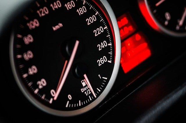 L'automotive al bivio: tra pressioni su margini e investimenti sul futuro