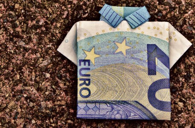 IHS Markit PMI: con gli ordini di nuovo in discesa l'eurozona rimane in fase di quasi stagnazione