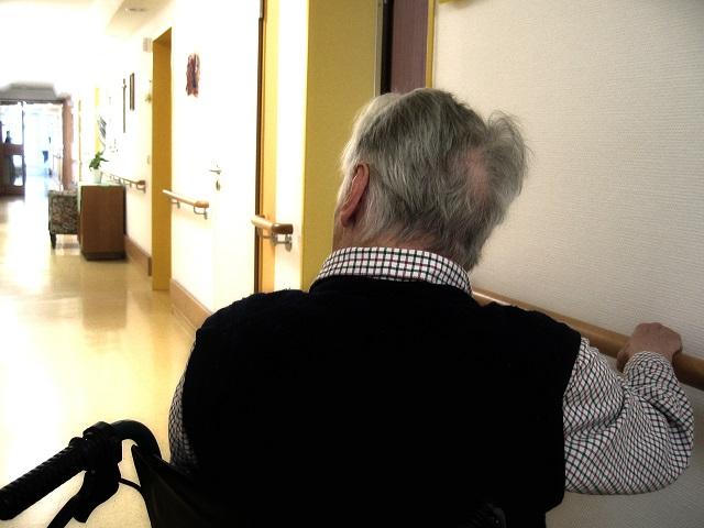 Caregiver e Welfare aziendale: 1 dipendente su 3 si fa carico della cura di un familiare anziano o non autosufficiente. In crescita la generazione sandwich