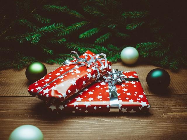Confcommercio su regali di natale: sotto l'albero vince la tradizione, molti acquisti anticipati a novembre