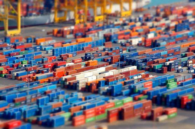 Istat: a dicembre 2019 flessione del commercio estero extra Ue