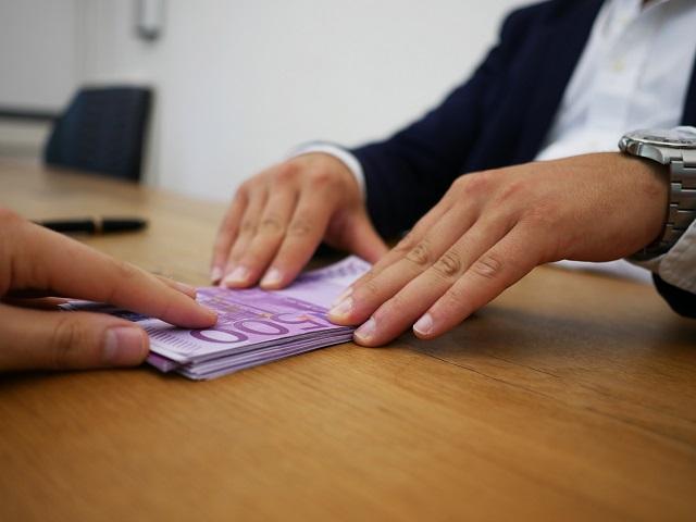 Salvataggio Banca Popolare di Bari: il ruolo dei crediti deteriorati a un mese dalla crisi