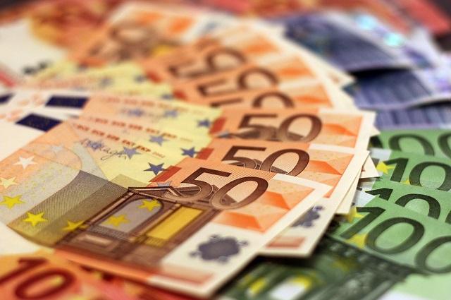 Credito: Confesercenti, da Bankitalia dati negativi per le imprese, a novembre peggior calo dal 2015