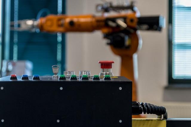 Calano gli ordini di macchine utensili nel secondo trimestre 2020 (-39,1%). (-44,7%) gli ordini interni; (-37,8%) gli ordini esteri