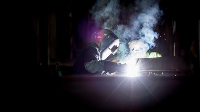 Istat: a gennaio si osserva un marcato recupero congiunturale della produzione industriale