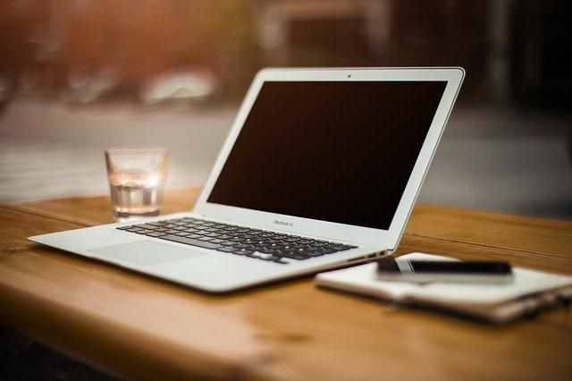 Indagine Infojobs smart working 2020: per aziende e lavoratori opportunità per gestire l'emergenza, dubbi sull'utilizzo futuro
