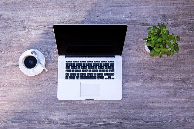 Come sostenere e ottimizzare lo smart working in azienda con i finanziamenti a fondo perduto