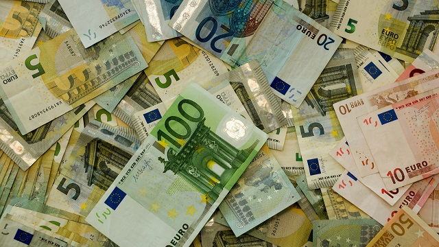 Credito e liquidità per famiglie e imprese: le domande di moratoria sui prestiti salgono a 250 miliardi; quasi 400.000 le richieste di finanziamenti al Fondo Centrale di Garanzia