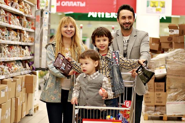 In Italia stabile la spesa per consumi delle famiglie, ma il 2020 apre in forte calo