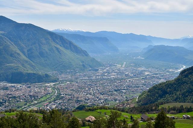 STUDI CONFARTIGIANATO – Crisi Covid-19 e turisticità dei territori. Al top Bolzano, Rimini e Venezia