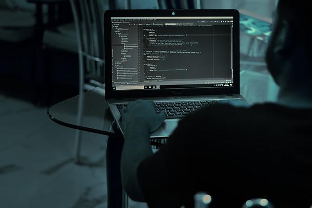 Con l'emergenza Covid-19 è boom di offerte di lavoro per gli sviluppatori