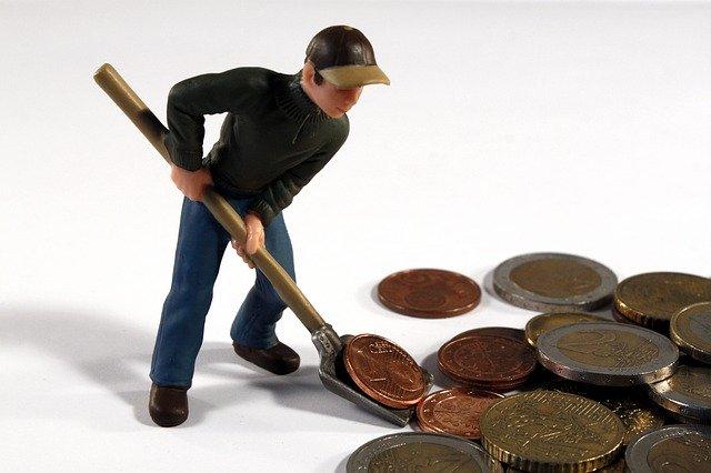 Credito e liquidità per famiglie e imprese: domande di moratoria a 299 miliardi di euro, oltre 69 miliardi il valore delle richieste al Fondo di Garanzia PMI; salgono a 12,6 miliardi di euro le garanzie emesse da SACE