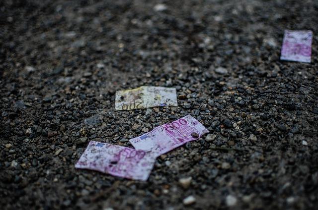 CGIA: gli sprechi nella PA valgono il doppio dell'evasione fiscale