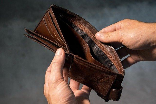 Fase 3: Confesercenti, i consumi non recuperano. In sei mesi spariti 2.300 euro di spesa a famiglia