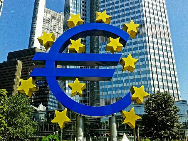 Pil eurozona, inizia il recupero