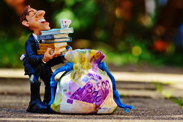 CGIA: in veneto il costo complessivo della burocrazia è di 5,2 miliardi l'anno. Verona e Padova al top