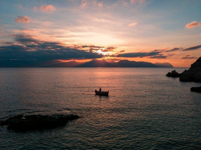 Turismo: con il Covid 6,5 milioni di italiani in meno in vacanza d'estate