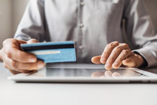 Quasi la metà dei consumatori nel mondo teme una violazione dei dati sensibili