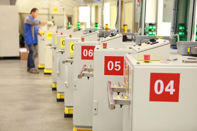 IHS Markit PMI: le condizioni del settore manifatturiero italiano migliorano al tasso più veloce da marzo 2018