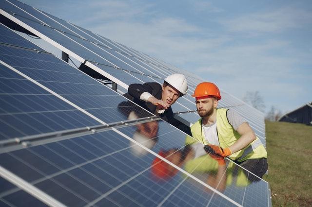 Green e digitale trainano la domanda di lavoro: 1,6 milioni gli esperti in ambiente ricercati entro il 2024, digital skill indispensabili per 1,5 milioni di lavoratori