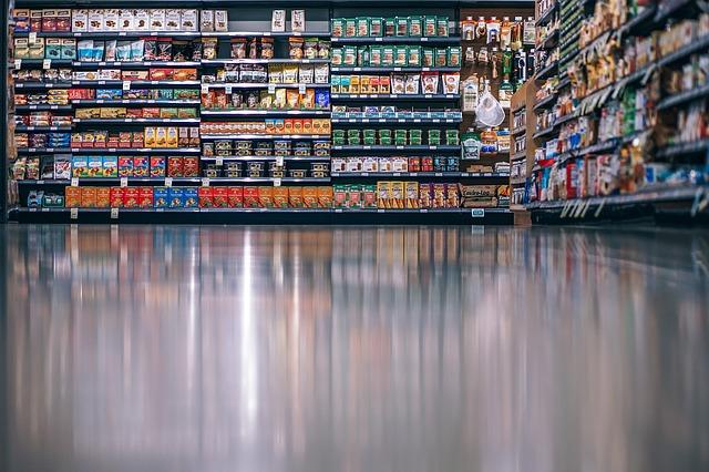 A ottobre si rileva un moderato aumento congiunturale delle vendite al dettaglio