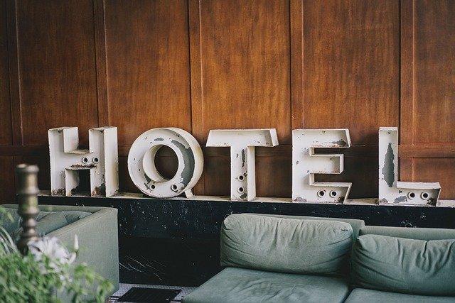 Federalberghi: panettone dal gusto amaro per le imprese del turismo