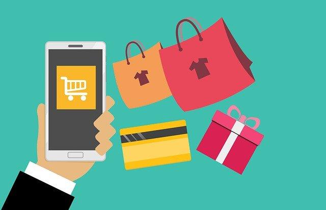 Gli acquisti digitali raddoppieranno per effetto della pandemia: ecco come cambia la corsa ai regali di Natale