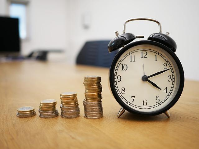 Debiti commerciali: l'anno scorso 10 ministeri su 12 hanno pagato in ritardo